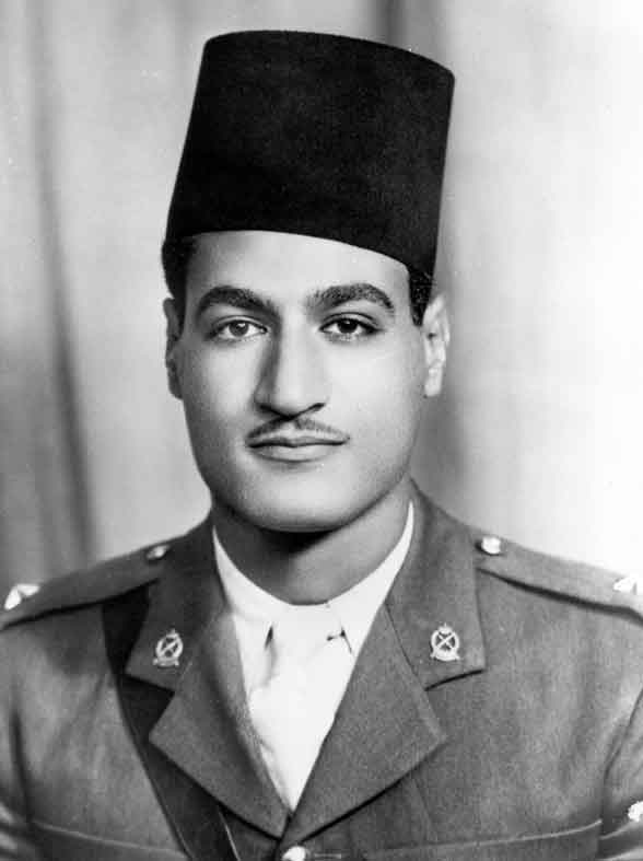 صور جمال عبدالناصر في رتبه ملازم ثاني